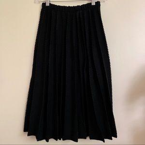 💃🏻💃🏻. Vintage - Open Knit Skirt - Small/Medium